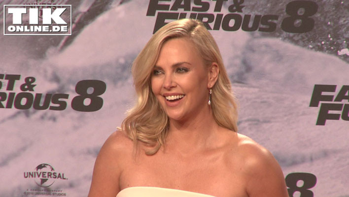 charlize-theron-02