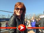 Andrea Berg beglückt ihre Fans mit einer Autogrammstunde