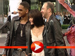 Will Smith, Lara Flynn Boyle und Barry Sonnenfeld bei der Men in Black II Premiere