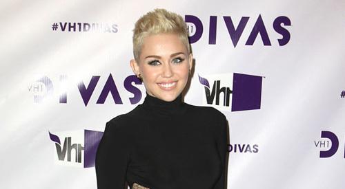 Miley Cyrus Neue Frisur Veränderte Ihr Leben Tikonlinede