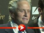 "Michael Douglas strahlt auf der ""Liberace""-Premiere in Berlin"