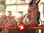 """""""Gefährten""""-Pferd galoppiert auf Bob Geldof zu"""