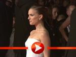 Natalie Portman im sexy schulterfreien Kleid