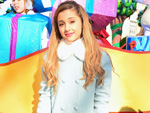 Ariana Grande: Pretty in pink