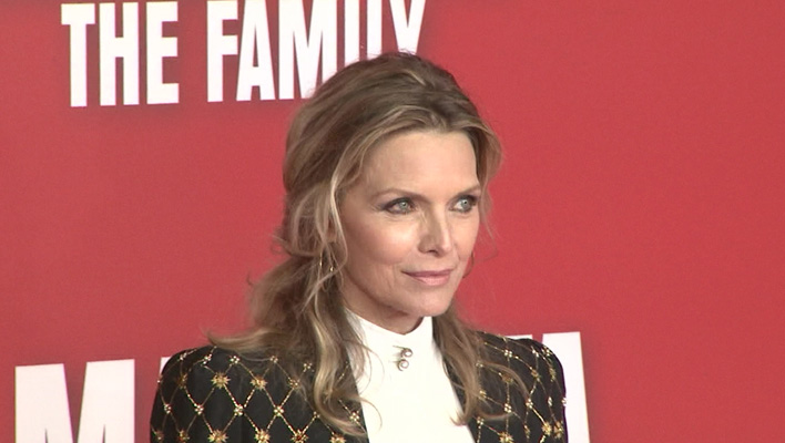 Michelle Pfeiffer: Genießt ihre Freiheit | TIKonline.de