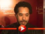 Adel Tawil enthüllt die Wachsfigur von Whitney Houston in Berlin