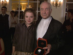 "Askania Award 2014: Armin Mueller-Stahl trifft ""Fack Ju Göhte""-Star Jella Haase"