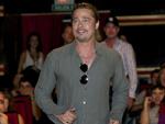 Brad Pitt: Bald Panzerfahrer?