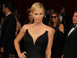 Charlize Theron: Lädt Obama in Strip-Club ein
