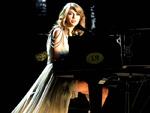 Taylor Swift: Von Fan auf der Bühne attackiert