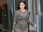 Kim sprengt BH: Die Baby-Pfunde der Kardashian