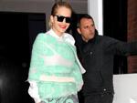 Rita Ora: Stellt sich in den Dienst der drei Streifen