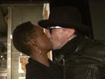 20 Jahre Rolling Stone: Marius Müller-Westernhagen küsst seine neue Freundin