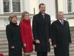 Königlicher Besuch: Felipe und Letizia von Spanien bibbern bei Gauck