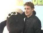 """""""Shaun das Schaf"""" verrückte Filmpremiere: Promis und echte Schafe auf dem grünen Teppich"""