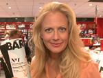 Kein Witz: Barbara Schöneberger als Zeitschrift