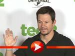 """Mark Wahlberg rührt de Werbetrommel für """"Ted 2"""" in Berlin"""