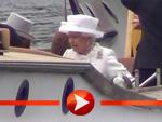 Queen Elizabeth II. im Boot auf der Spree