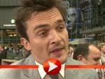 Rupert Friend glänzt mit Deutsch-Kenntnissen