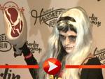 Sarah Knappik als Zombie-Wonder-Woman