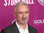 "Roland Emmerich bei ""Stonewall""-Premiere in Berlin: So war sein eigenes Coming-Out"