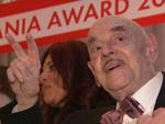 Askania Award 2016: Atze Brauner geht zu Boden, Hannelore Elsner als Diva!