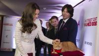 """Herzogin Catherine: Royale Premiere von """"Bob, der Streuner"""" in London"""