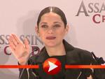 """Marion Cotillard und Michael Fassbender bei der PK zu """"Assassin's Creed"""" in Berlin"""