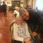 George Clooney überrascht 87-jährigen Fan