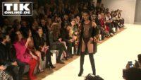Ausstellungseröffnung – Promis Gedenken Gianni Versace