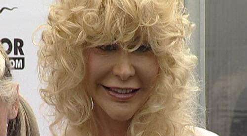 Dolly Buster De