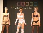 5elements: Schöne Dessous und viel nackte Haut!