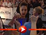 Fantastic Four Premiere in Berlin – Jessica Alba beim Autogrammeschreiben!
