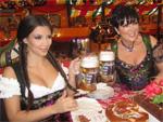Kim Kardashian: Beehrt Oktoberfest mit ihrer Anwesenheit
