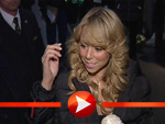 Mariah Carey umzingelt