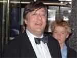 Stephen Fry: John Galliano wird sein Kostüm-Designer