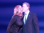 """""""Künstler gegen Aids""""-Gala: Wowi küsst Kiwi!"""