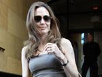 Angelina Jolie: Hasst Verlobungsring