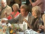 Arnold Schwarzeneggers Geburtstagsfeier in Graz: Musik, Wein und deftiges Essen!