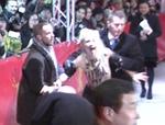 Zwischenfall: Nackte Aktivistinnen stürmen Berlinale-Eröffnung!