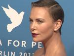 Cinema for Peace: Abgespeckte Friedensgala ehrt Charlize Theron und Veronica Ferres