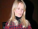 Claudia Schiffer: Holzfäller-Look und Babybauch