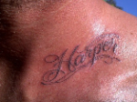 David Beckham: Präsentiert Harper-Tattoo