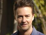 Edward Norton: Bourne-Filme glaubwürdiger als Konkurrenz