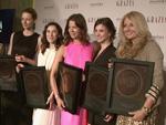Best Dressed Award 2013: Promis über äußere und innere Schönheit!