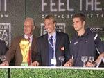FIFA WM Shop: Prominente eröffnen den 1. FIFA WM Shop – Franz Beckenbauer über Zigarren, Rotwein und sein Kind