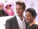 First Steps Awards: Rosa von Praunheim als Frau, Minu Barati ohne Joschka Fischer