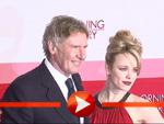 Harrison Ford und Rachel McAdams kuscheln gemeinsam auf dem roten Teppich