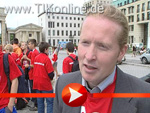 Joey Kellys Statement am Rande der G8 – Gebt Acht!-Demo in Berlin