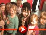 Harald Glööckler macht Kinder froh